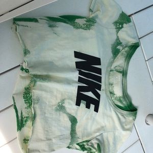 Vintage Nike Tee - bleached and cropped